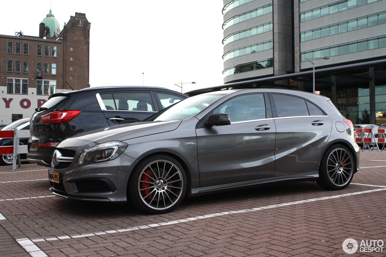 Mercedes benz a 45 amg 1 august 2016 autogespot for Mercedes benz a 45