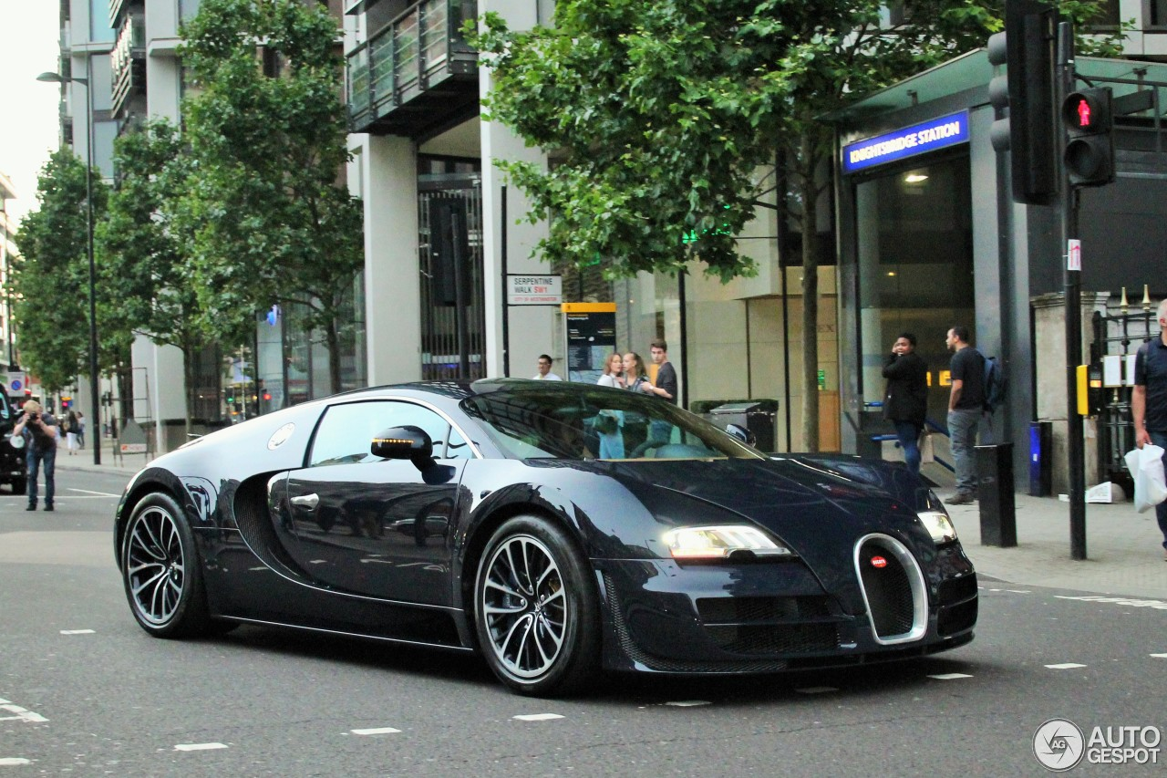 bugatti veyron 16 4 super sport 2 august 2016 autogespot. Cars Review. Best American Auto & Cars Review