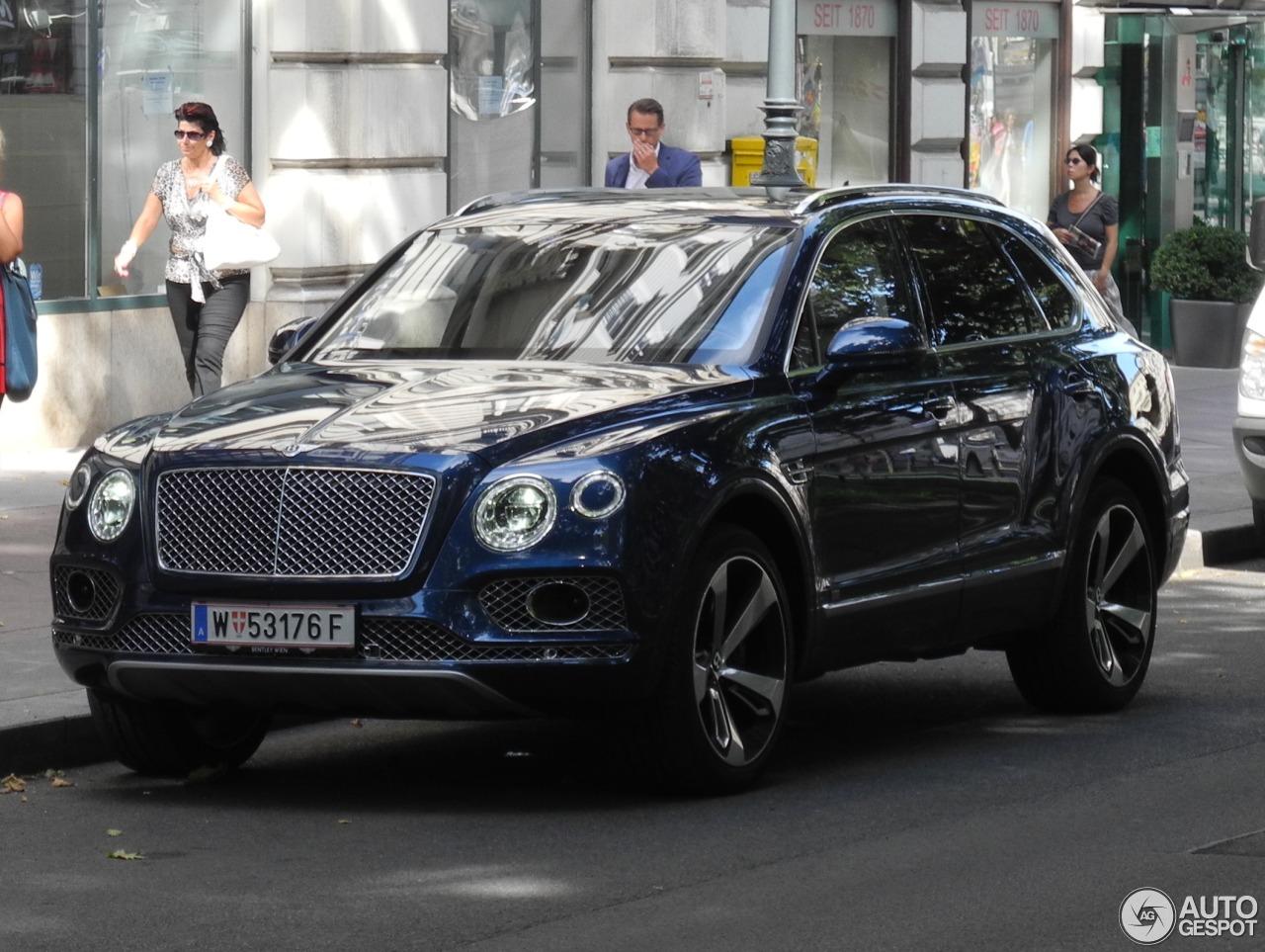 Bentley Bentayga - 3 augustus 2016 - Autogespot