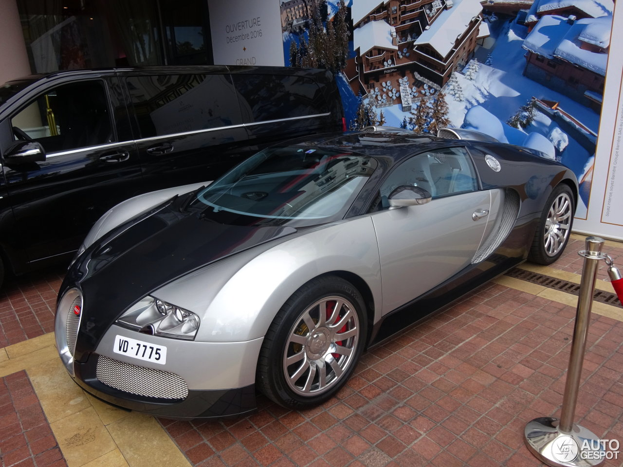 bugatti veyron price mileage bugatti veyron bornrich price features luxury factor engine review. Black Bedroom Furniture Sets. Home Design Ideas