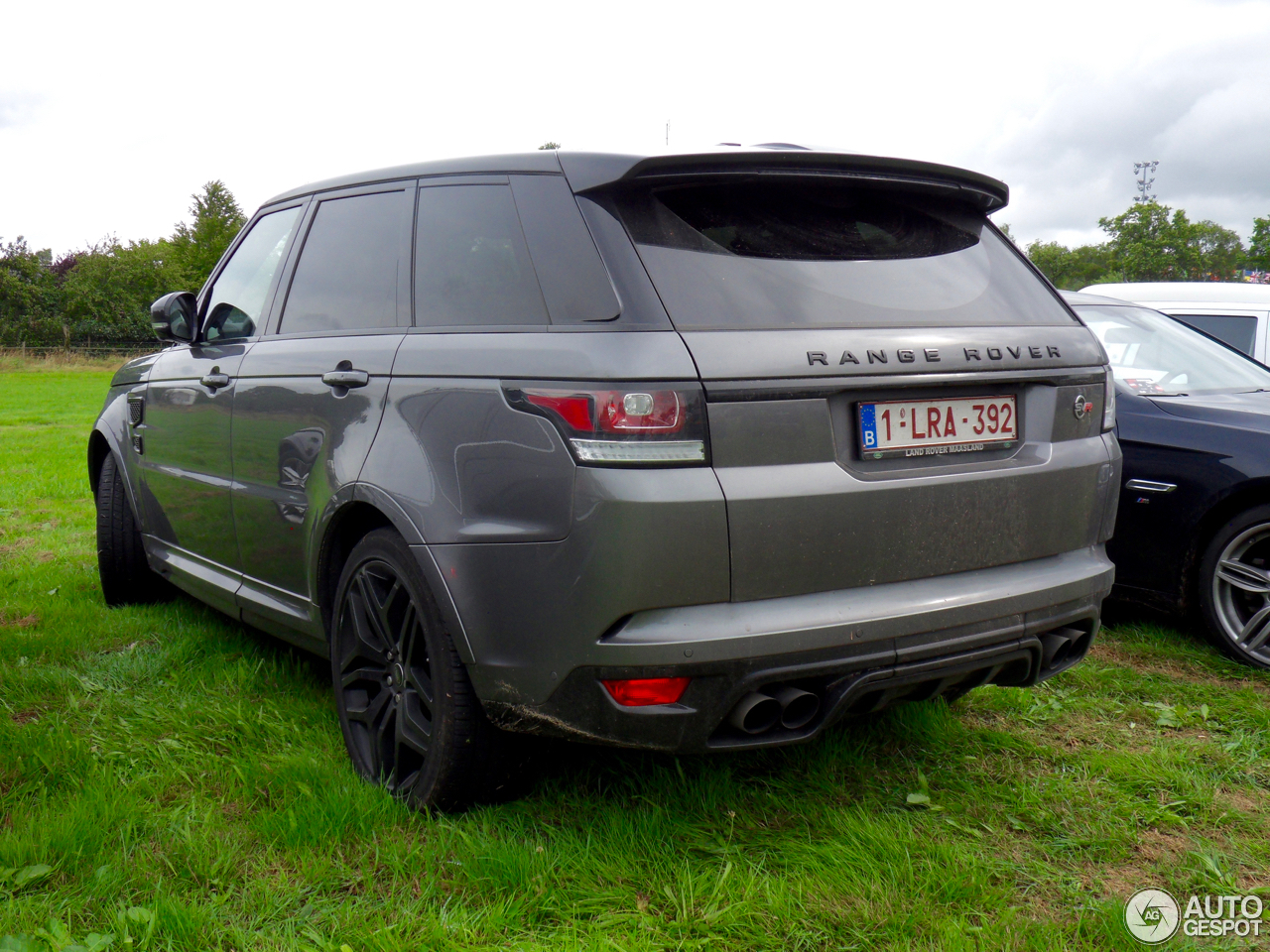 land rover range rover sport svr 4 ao t 2016 autogespot. Black Bedroom Furniture Sets. Home Design Ideas