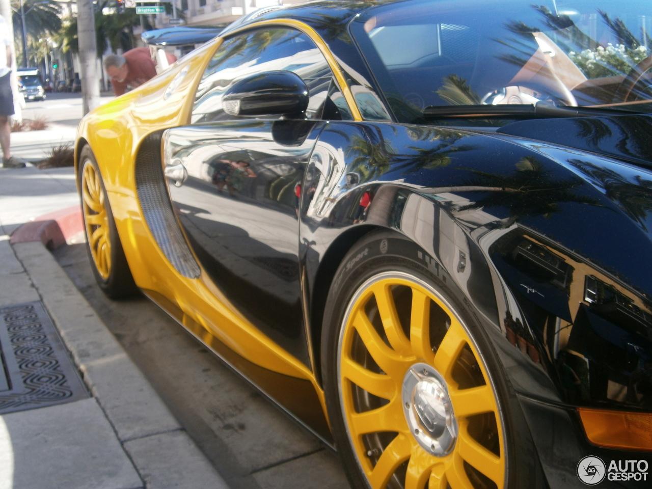 bugatti veyron 16 4 5 august 2016 autogespot. Black Bedroom Furniture Sets. Home Design Ideas