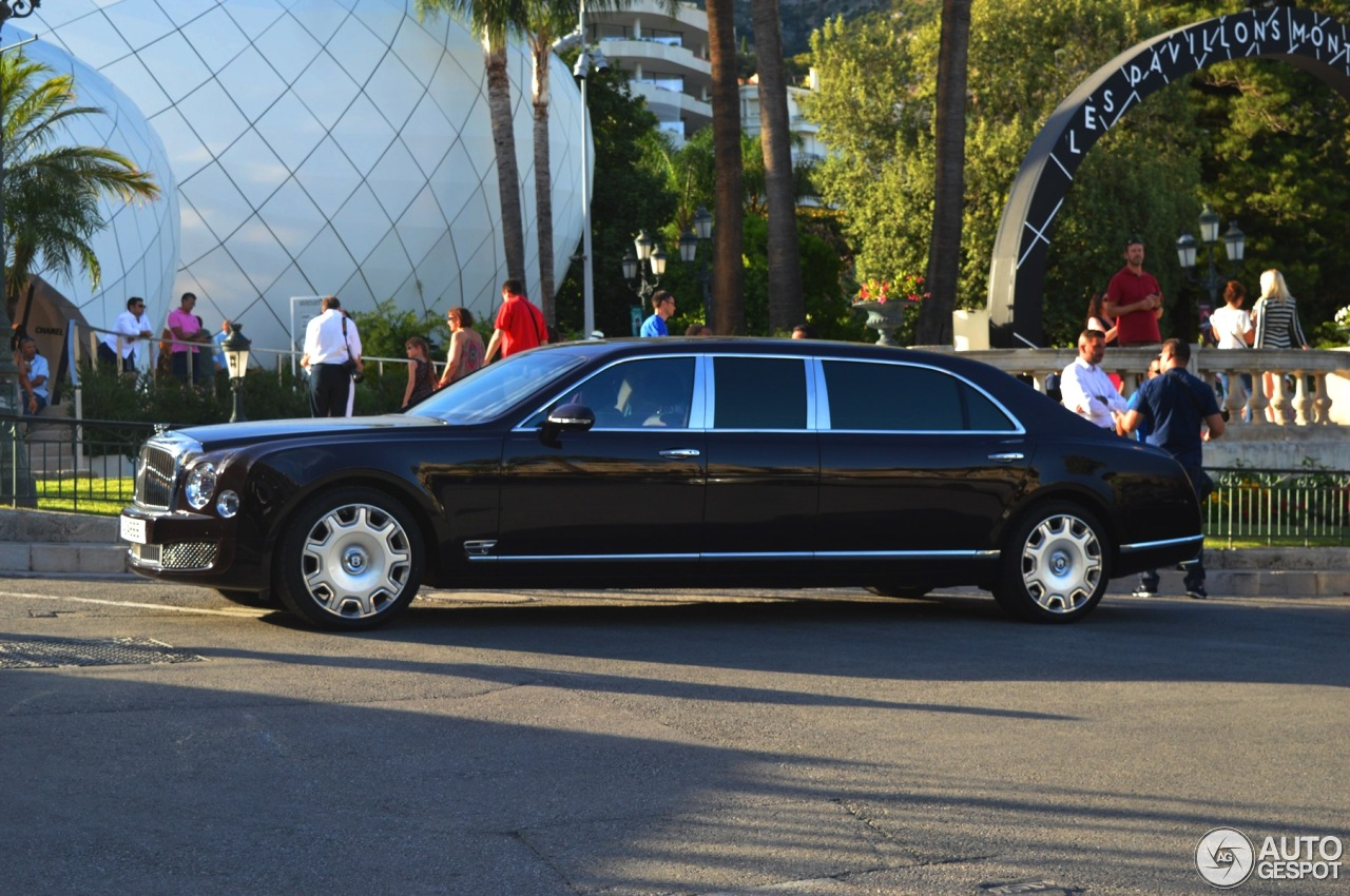 Bentley Mulsanne Grand Limousine 6 August 2016 Autogespot