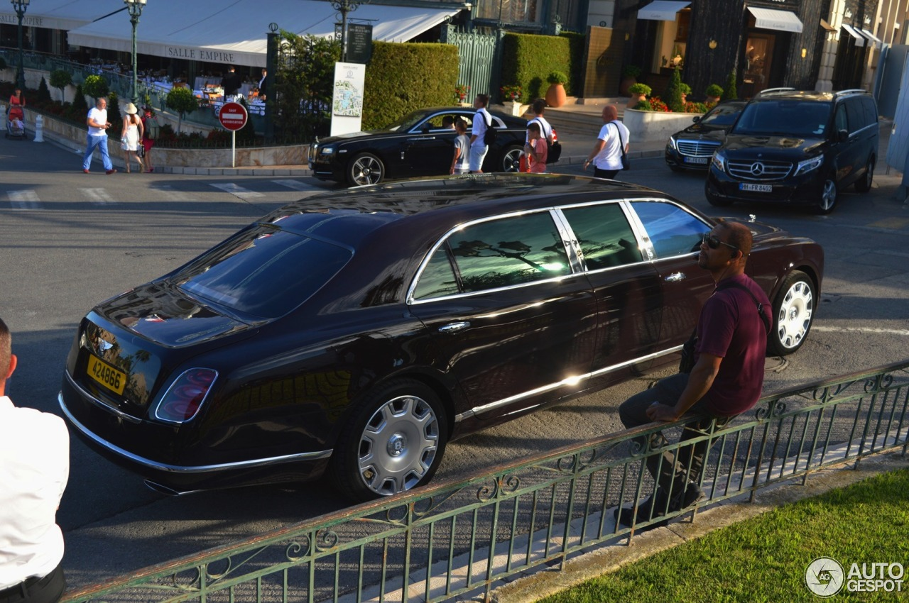 passenger by bentley mulliner limo a limousine mulsanne is grand six yacht geneva land