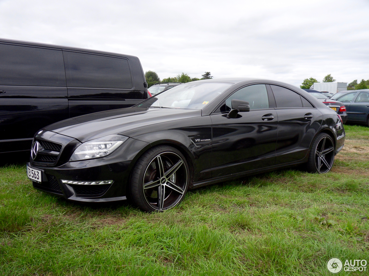 mercedes benz cls 63 amg c218 7 august 2016 autogespot. Black Bedroom Furniture Sets. Home Design Ideas