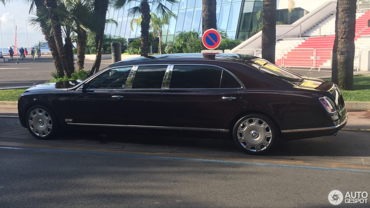 Bentley Mulsanne Grand Limousine 10 August 2016 Autogespot
