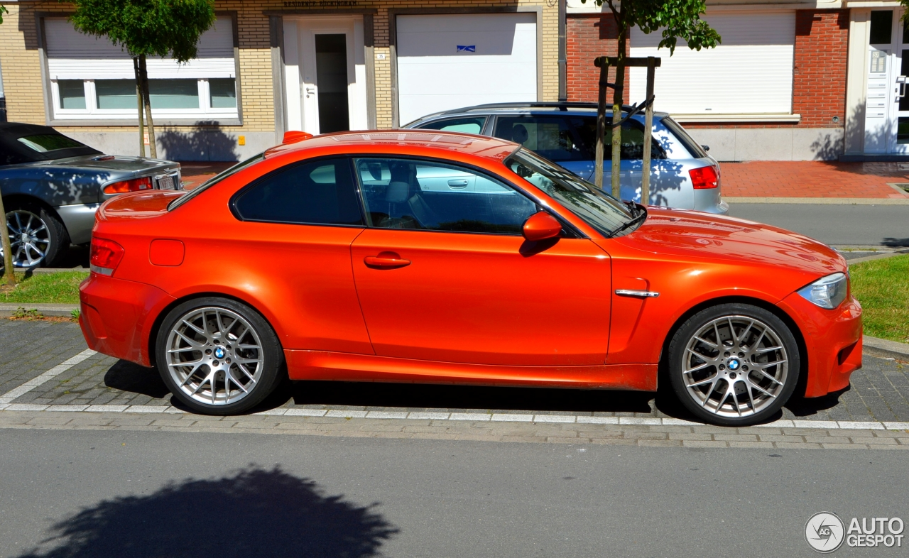 bmw 1 series m coup 13 august 2016 autogespot. Black Bedroom Furniture Sets. Home Design Ideas