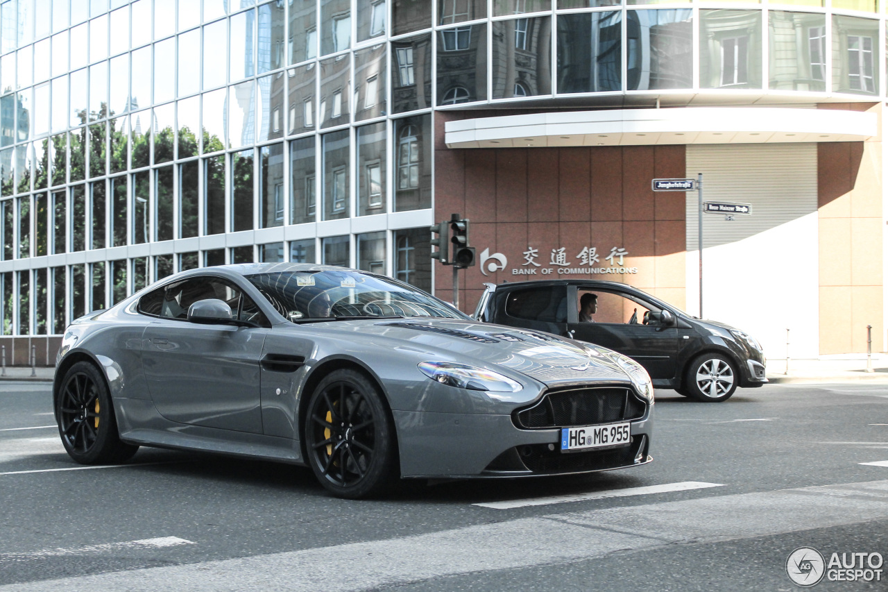 aston martin v12 vantage s 15 august 2016 autogespot. Black Bedroom Furniture Sets. Home Design Ideas
