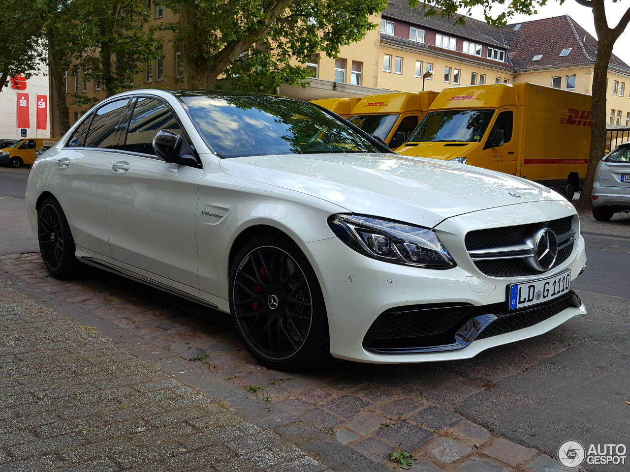 mercedes amg c 63 s w205 19 august 2016 autogespot. Black Bedroom Furniture Sets. Home Design Ideas
