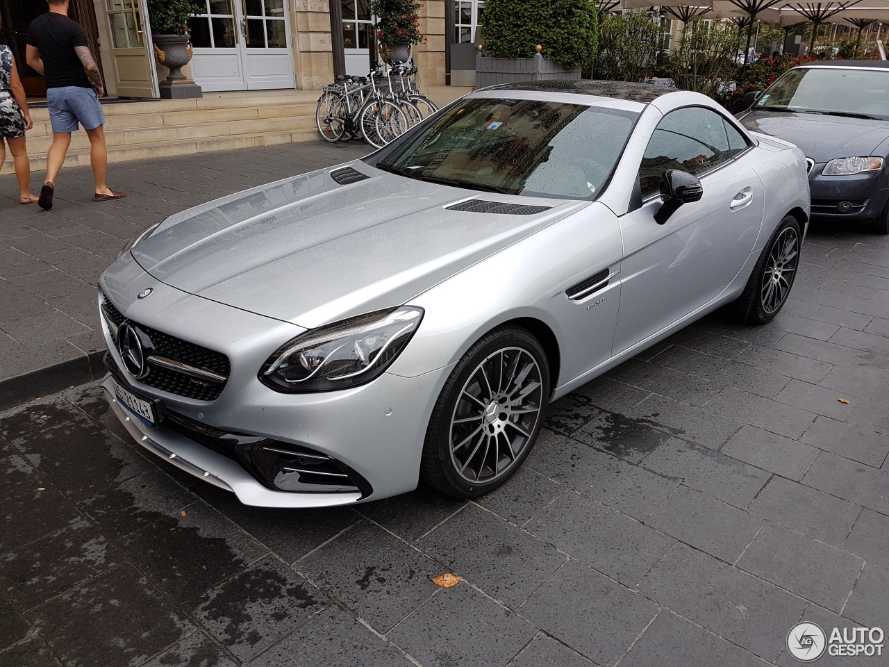 mercedes amg slc 43 r172 20 august 2016 autogespot. Black Bedroom Furniture Sets. Home Design Ideas