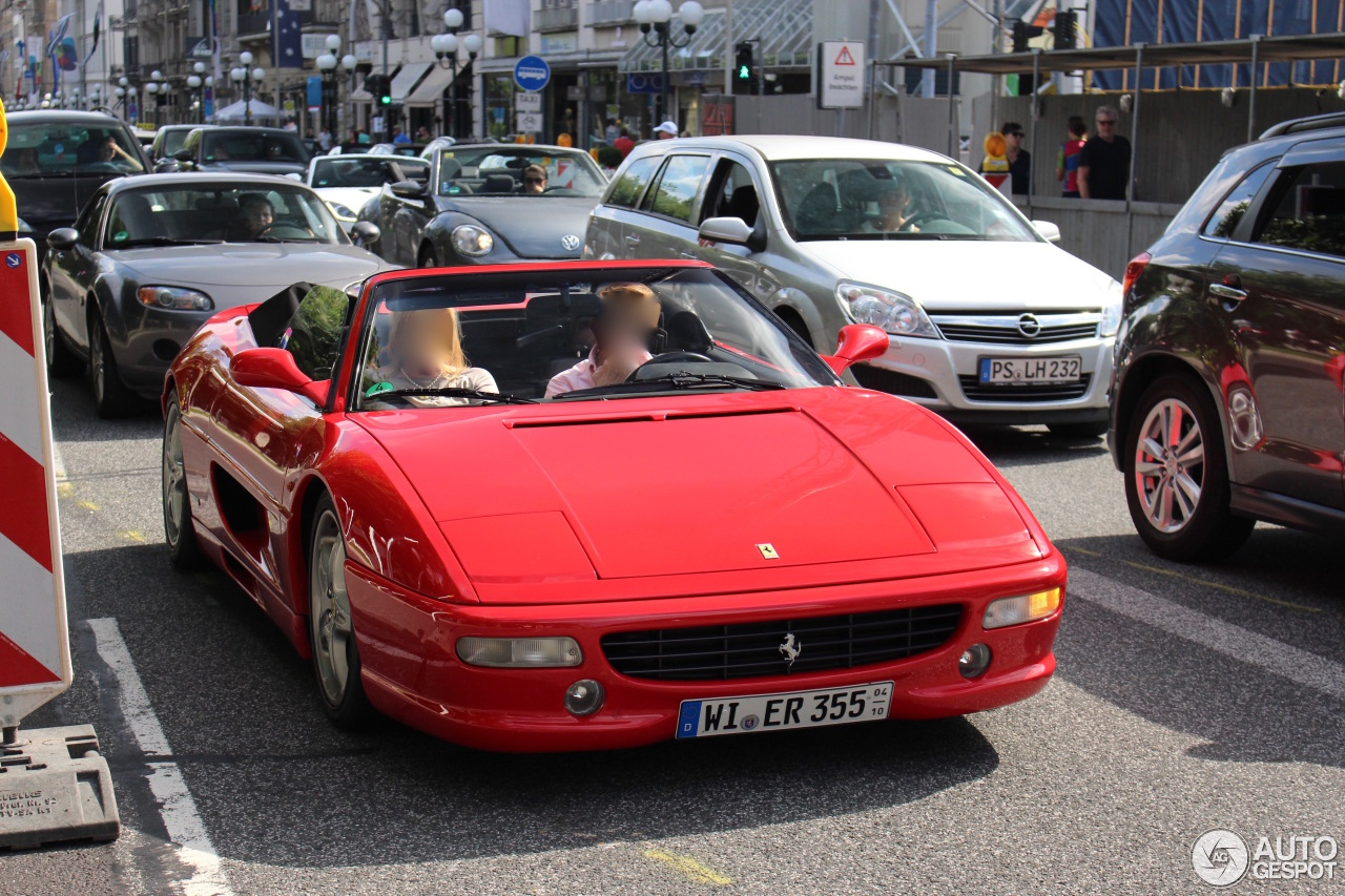 ferrari f355 spider 21 august 2016 autogespot. Black Bedroom Furniture Sets. Home Design Ideas