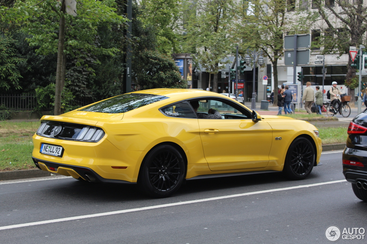 ford mustang gt 2015 21 august 2016 autogespot. Black Bedroom Furniture Sets. Home Design Ideas