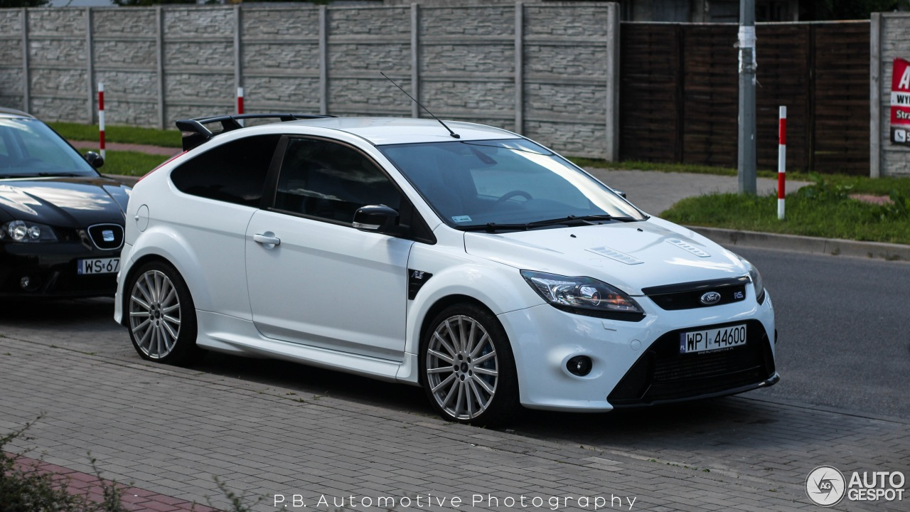 ford focus rs 2009 25 august 2016 autogespot. Black Bedroom Furniture Sets. Home Design Ideas