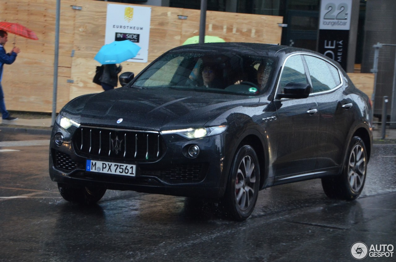 maserati levante s 25 august 2016 autogespot. Black Bedroom Furniture Sets. Home Design Ideas