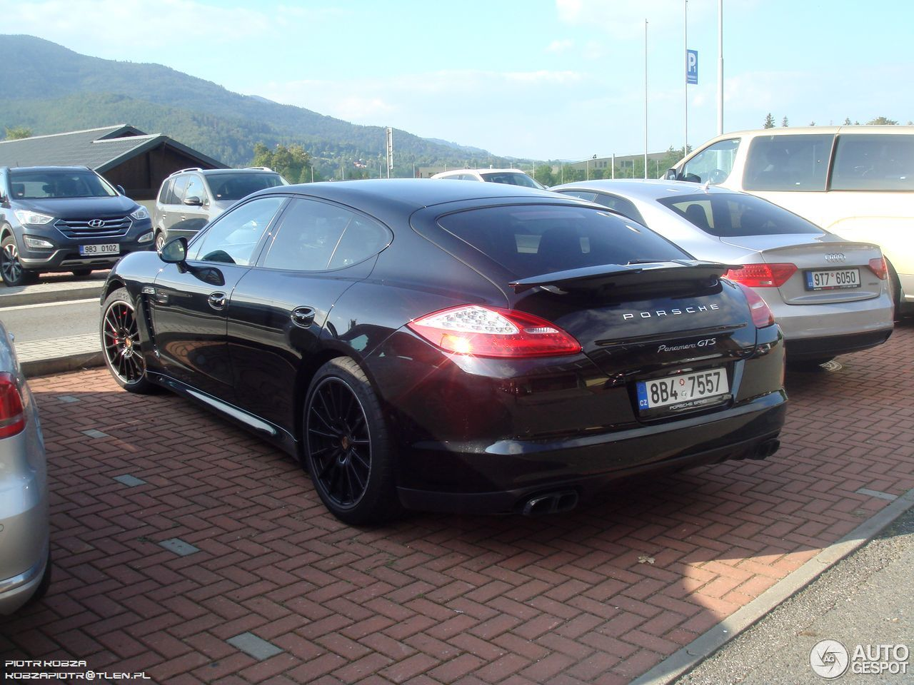 porsche panamera gts 25 august 2016 autogespot. Black Bedroom Furniture Sets. Home Design Ideas