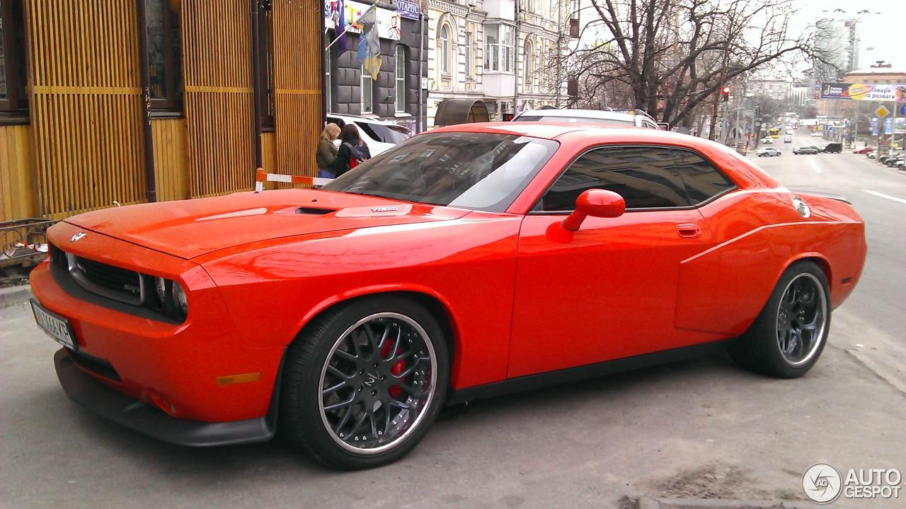 Dodge Challenger Srt 8 26 August 2016 Autogespot