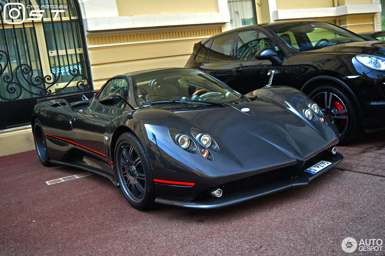 the gallery for orange pagani zonda f roadster. Black Bedroom Furniture Sets. Home Design Ideas