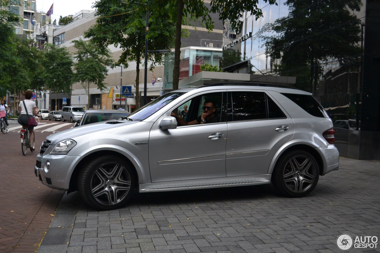 mercedes benz ml 63 amg w164 28 august 2016 autogespot. Black Bedroom Furniture Sets. Home Design Ideas