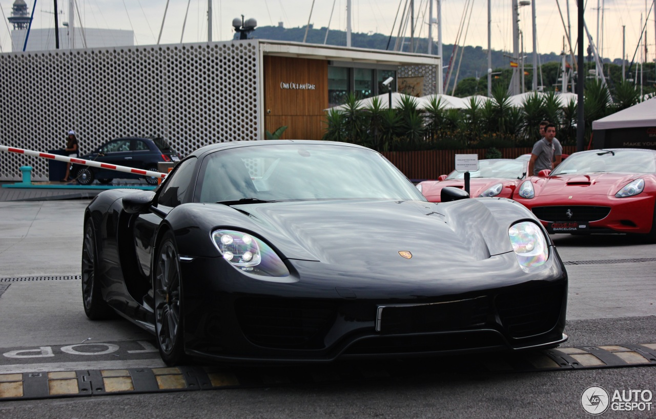 porsche 918 spyder cc 2015 porsche 918 spyder for sale cc 756376 2015 porsche 918 spyder for. Black Bedroom Furniture Sets. Home Design Ideas