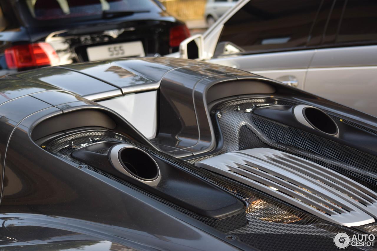 porsche 918 spyder 30 august 2016 autogespot. Black Bedroom Furniture Sets. Home Design Ideas