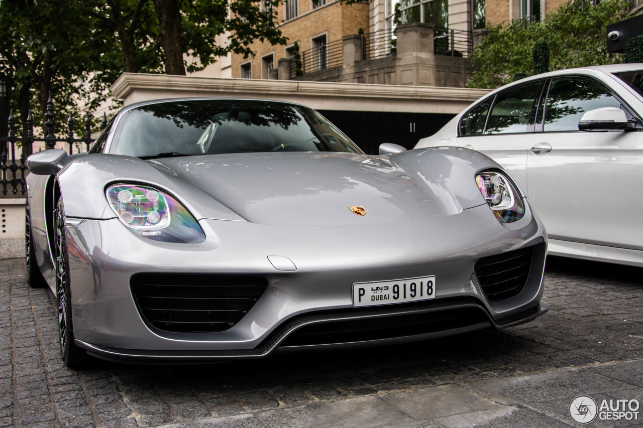 porsche 918 spyder 31 august 2016 autogespot. Black Bedroom Furniture Sets. Home Design Ideas