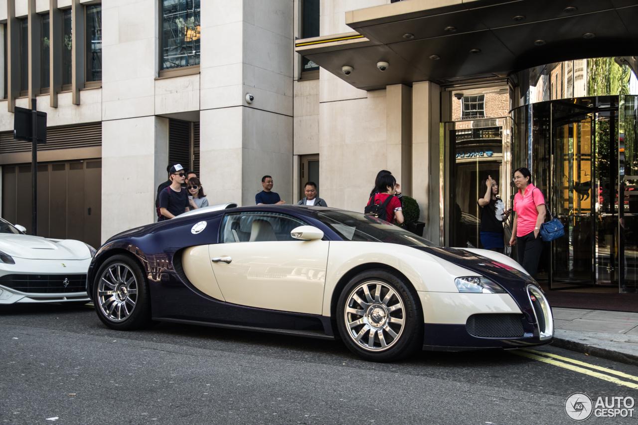 bugatti veyron 16 4 2 september 2016 autogespot. Black Bedroom Furniture Sets. Home Design Ideas