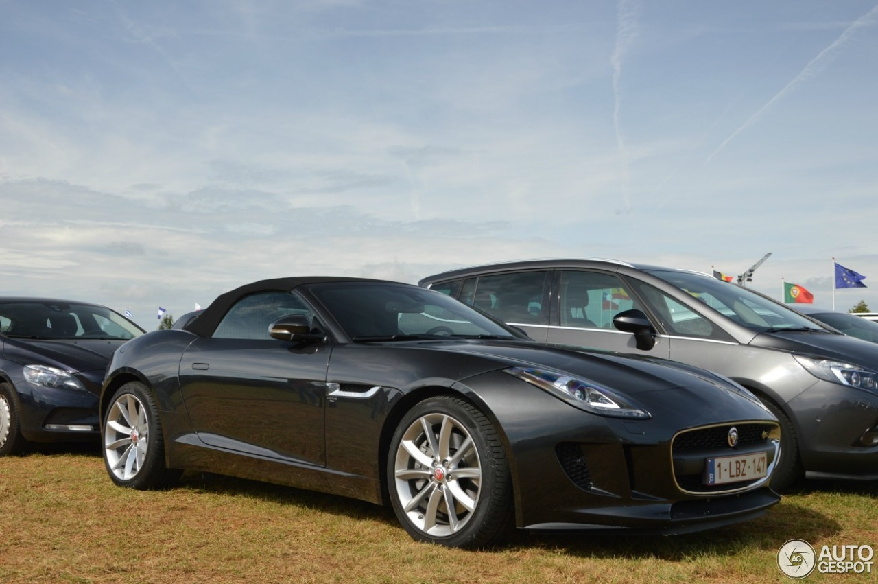 jaguar f type s convertible 2 septembre 2016 autogespot. Black Bedroom Furniture Sets. Home Design Ideas
