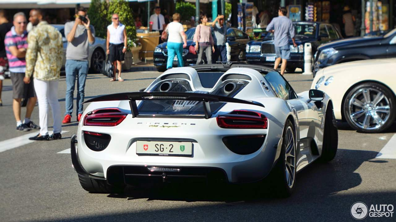 porsche 918 spyder weissach package 2 september 2016. Black Bedroom Furniture Sets. Home Design Ideas