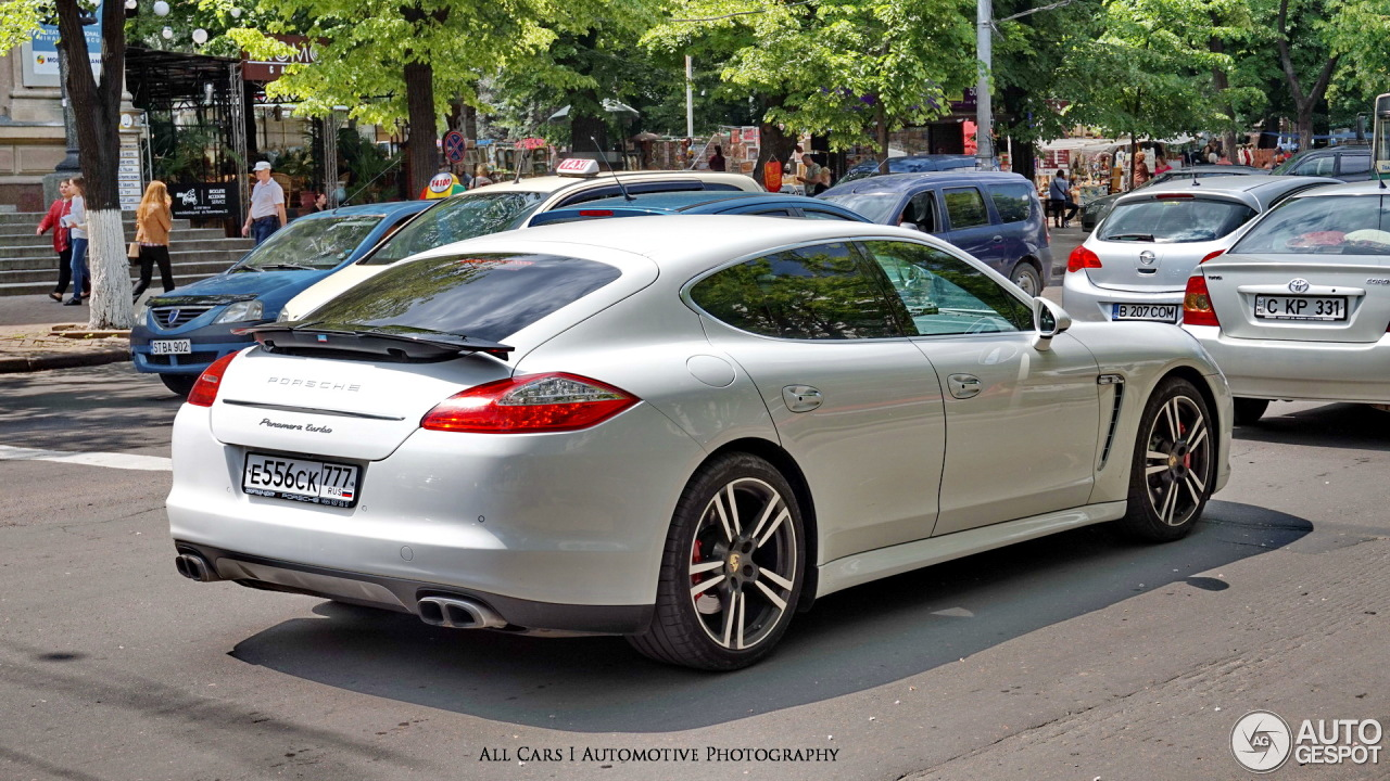 porsche panamera turbo 2 september 2016 autogespot. Black Bedroom Furniture Sets. Home Design Ideas
