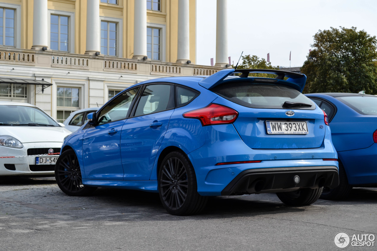 ford focus rs 2015 3 septembre 2016 autogespot. Black Bedroom Furniture Sets. Home Design Ideas