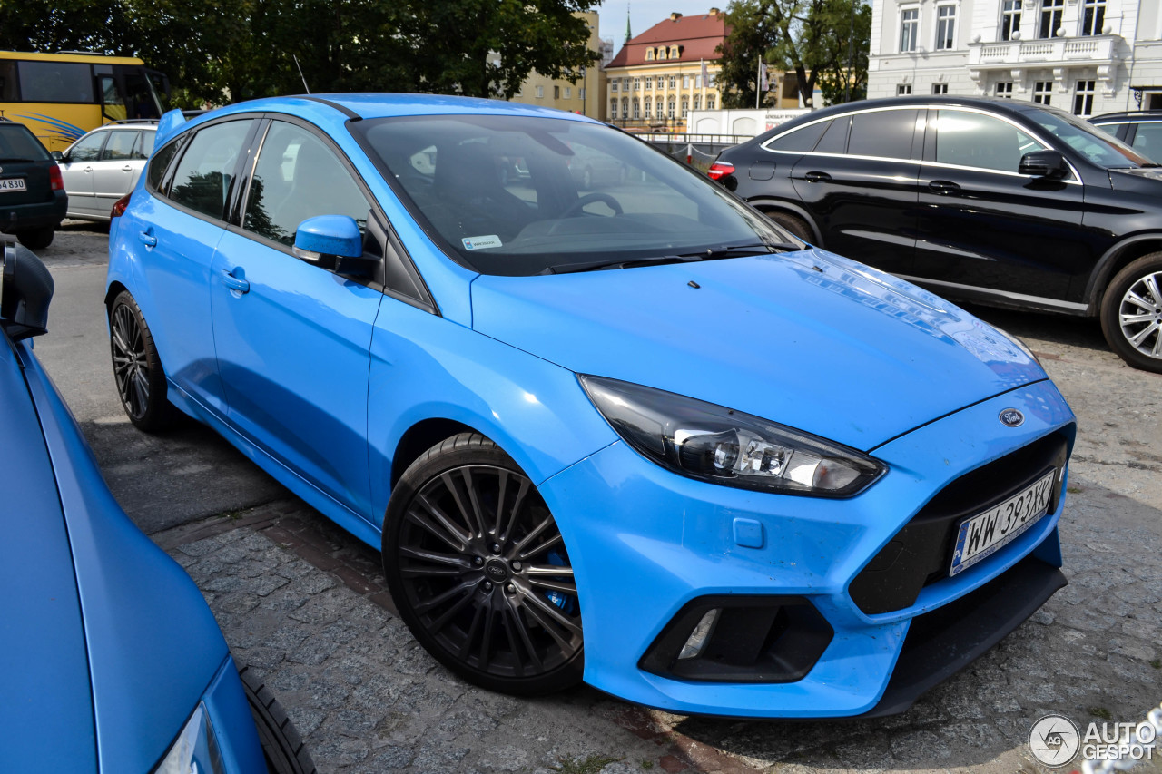 ford focus rs 2015 3 september 2016 autogespot. Black Bedroom Furniture Sets. Home Design Ideas