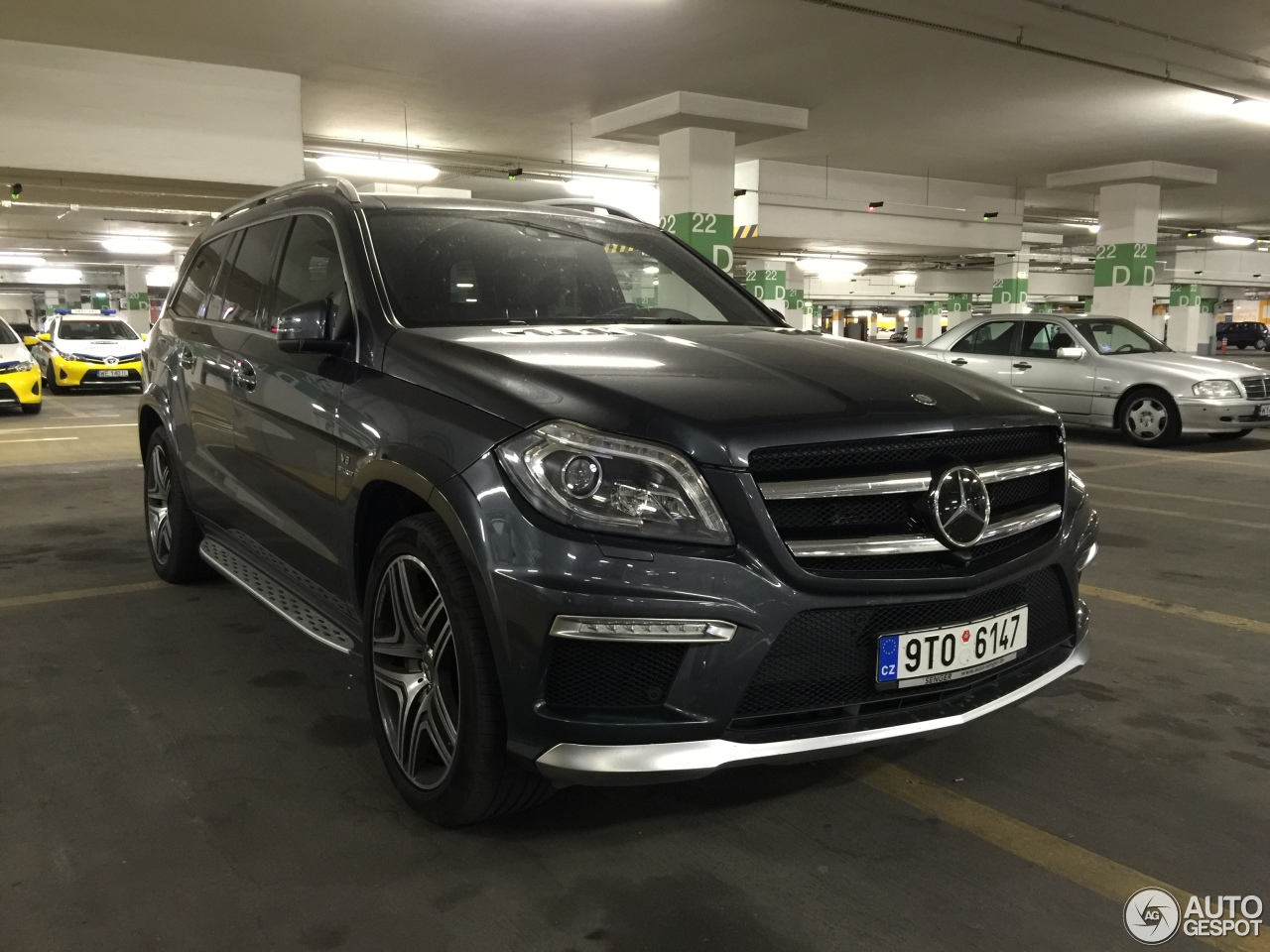 mercedes benz gl 63 amg x166 3 september 2016 autogespot. Black Bedroom Furniture Sets. Home Design Ideas