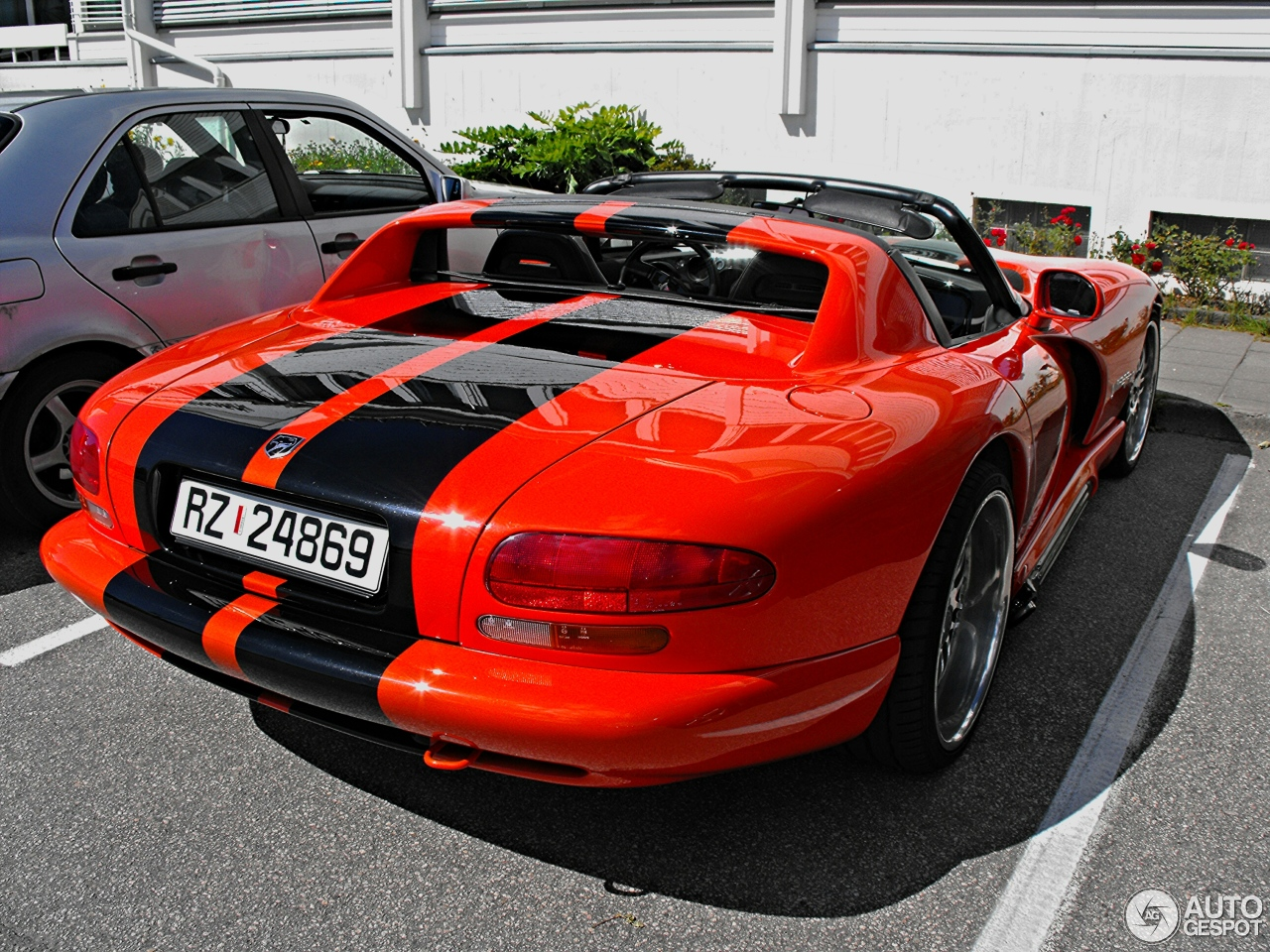 dodge viper rt 10 1992 4 september 2016 autogespot. Black Bedroom Furniture Sets. Home Design Ideas