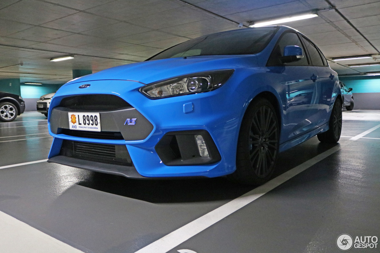 ford focus rs 2015 5 september 2016 autogespot. Black Bedroom Furniture Sets. Home Design Ideas