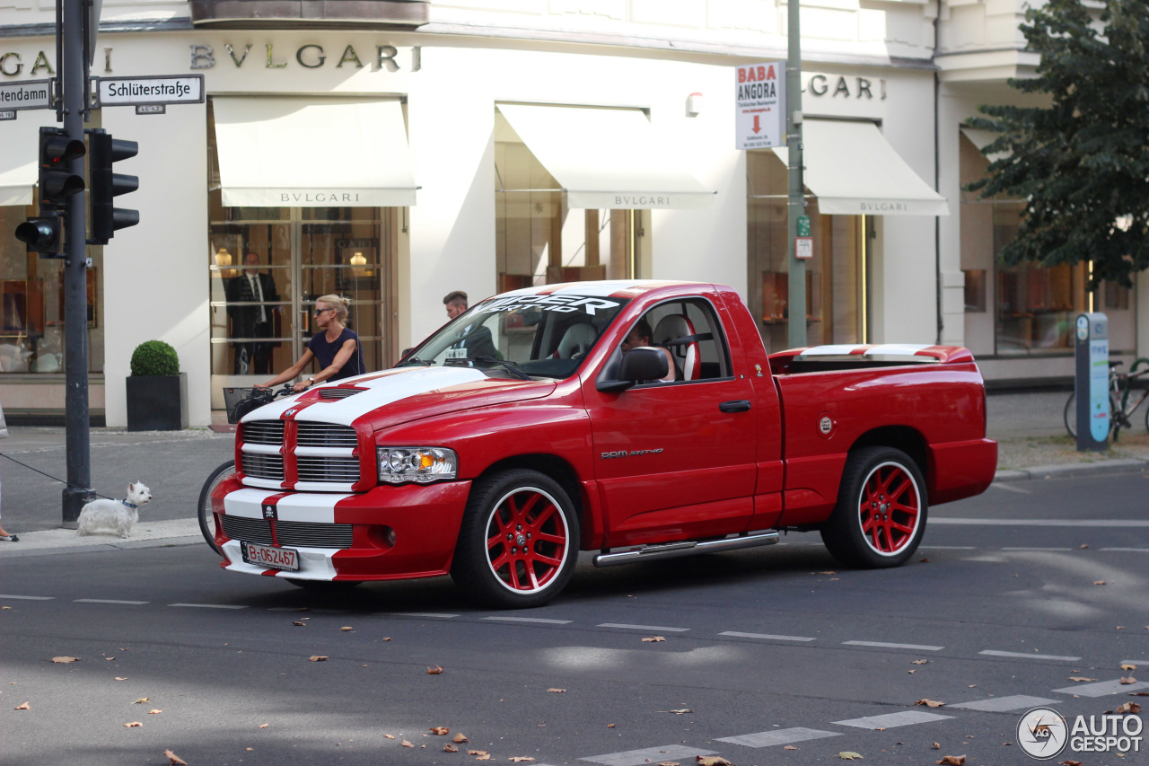 dodge ram srt 10 6 september 2016 autogespot. Black Bedroom Furniture Sets. Home Design Ideas