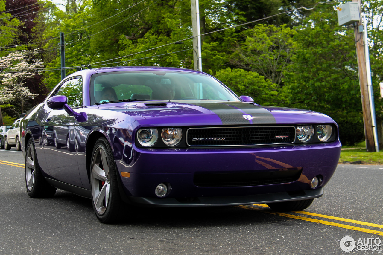 dodge challenger srt 8 plum crazy limited edition 9 september 2016. Cars Review. Best American Auto & Cars Review