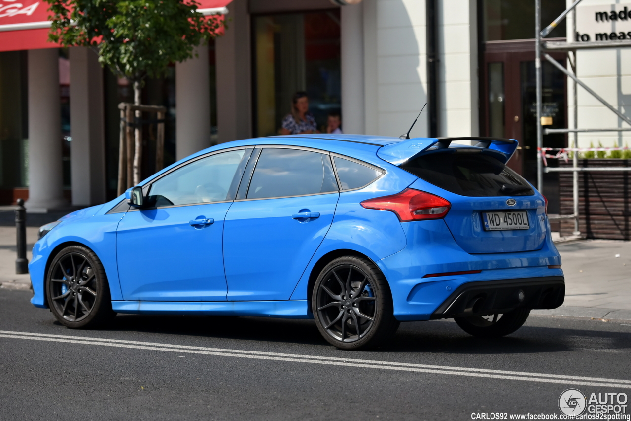 ford focus rs 2015 10 september 2016 autogespot. Black Bedroom Furniture Sets. Home Design Ideas