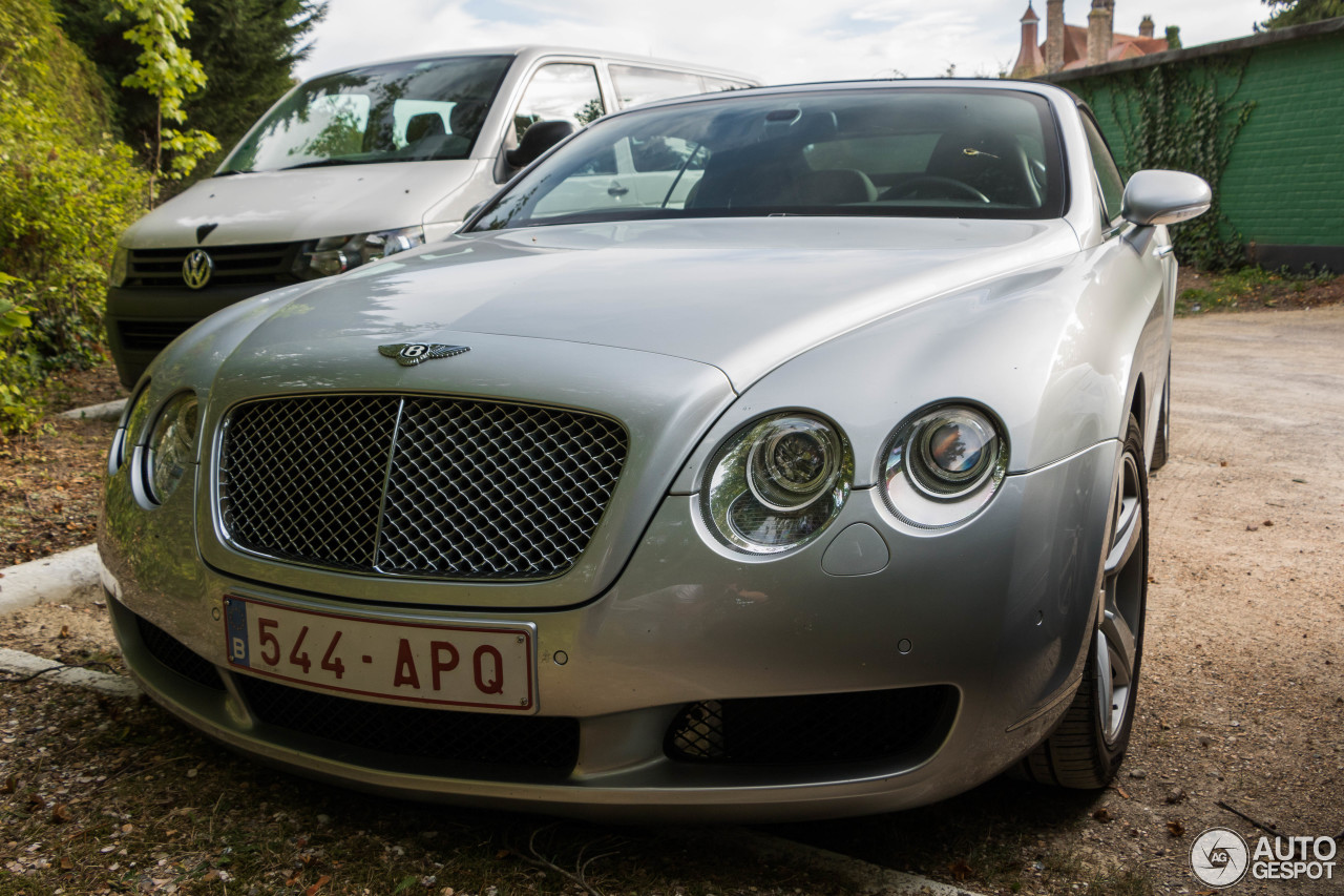 bentley continental gtc 11 september 2016 autogespot. Cars Review. Best American Auto & Cars Review
