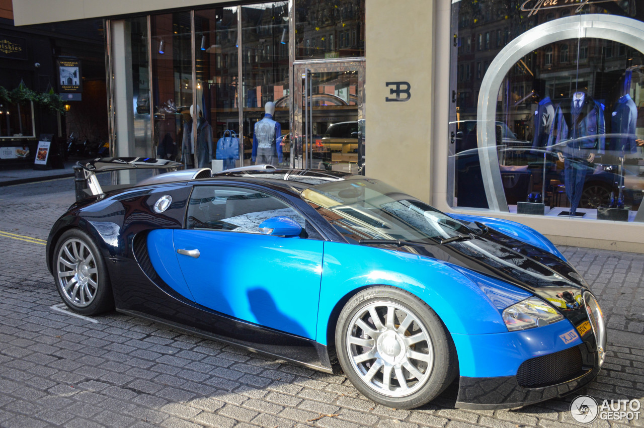 bugatti veyron 16 4 15 september 2016 autogespot. Black Bedroom Furniture Sets. Home Design Ideas