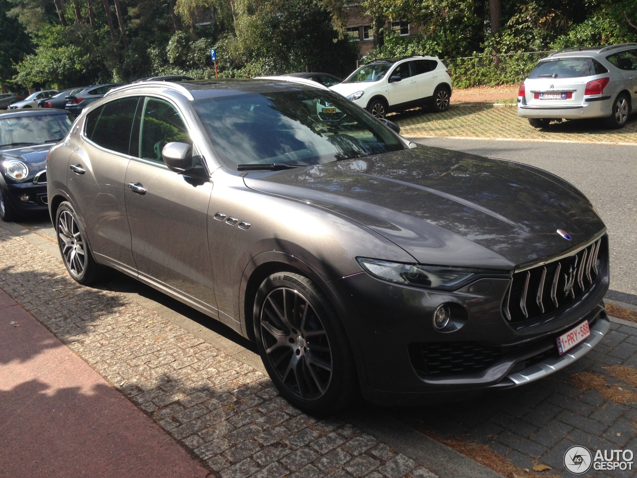 maserati levante s 18 september 2016 autogespot. Black Bedroom Furniture Sets. Home Design Ideas