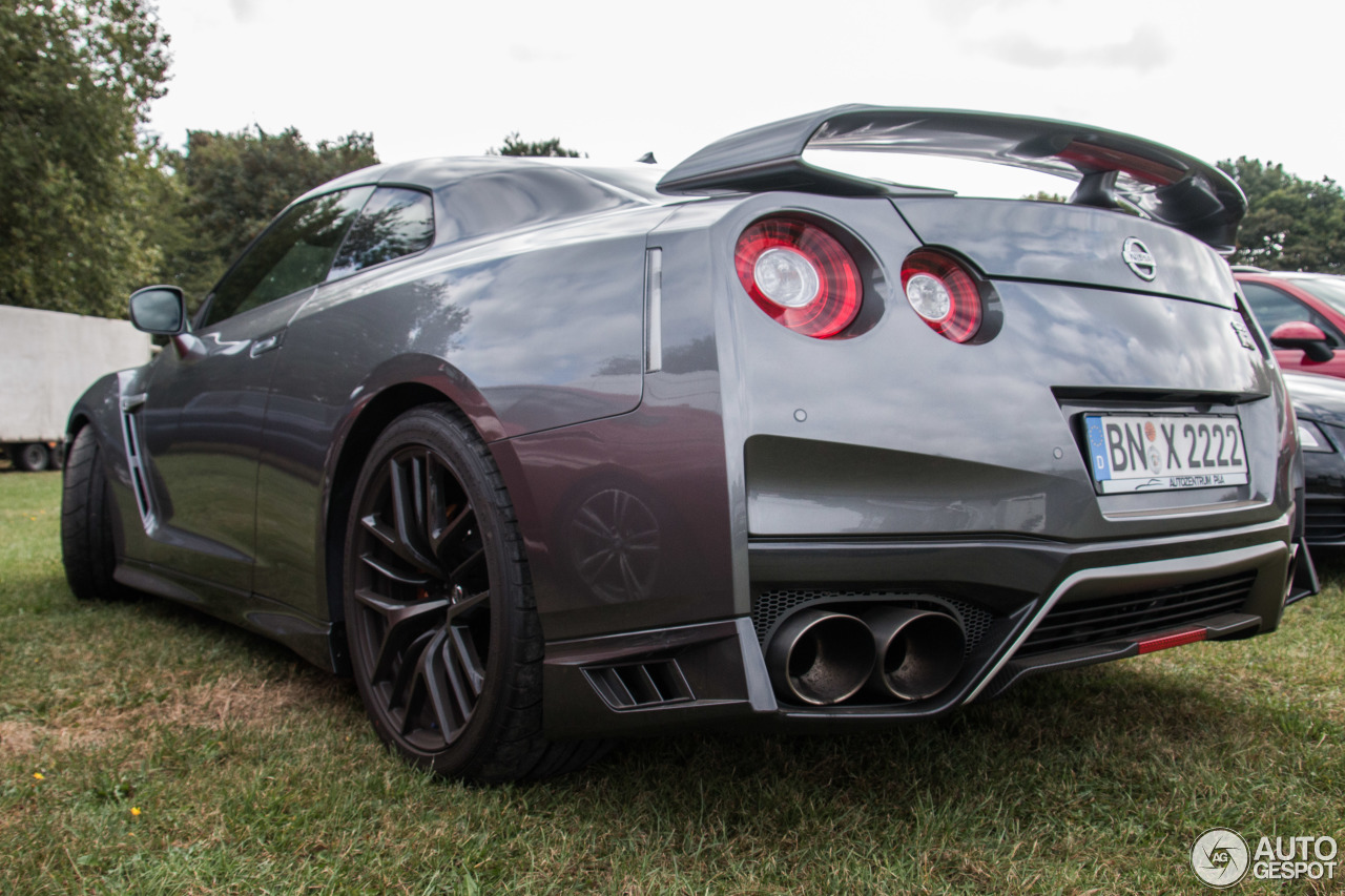 nissan gt r 2017 20 september 2016 autogespot. Black Bedroom Furniture Sets. Home Design Ideas