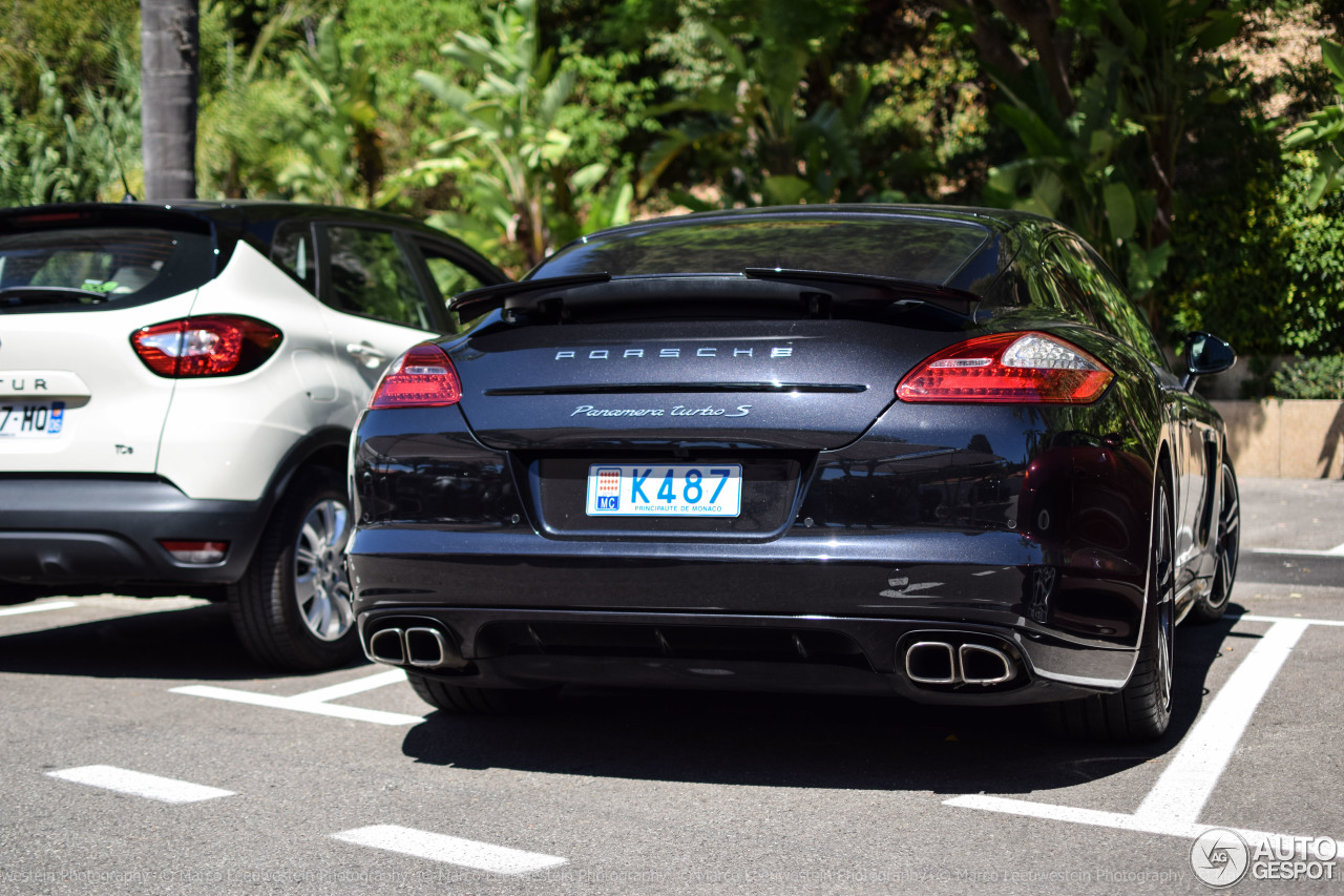 porsche panamera turbo s 22 septembre 2016 autogespot. Black Bedroom Furniture Sets. Home Design Ideas