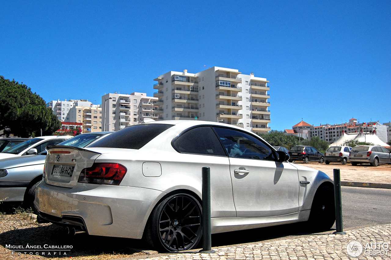 bmw 1 series m coup 23 september 2016 autogespot. Black Bedroom Furniture Sets. Home Design Ideas