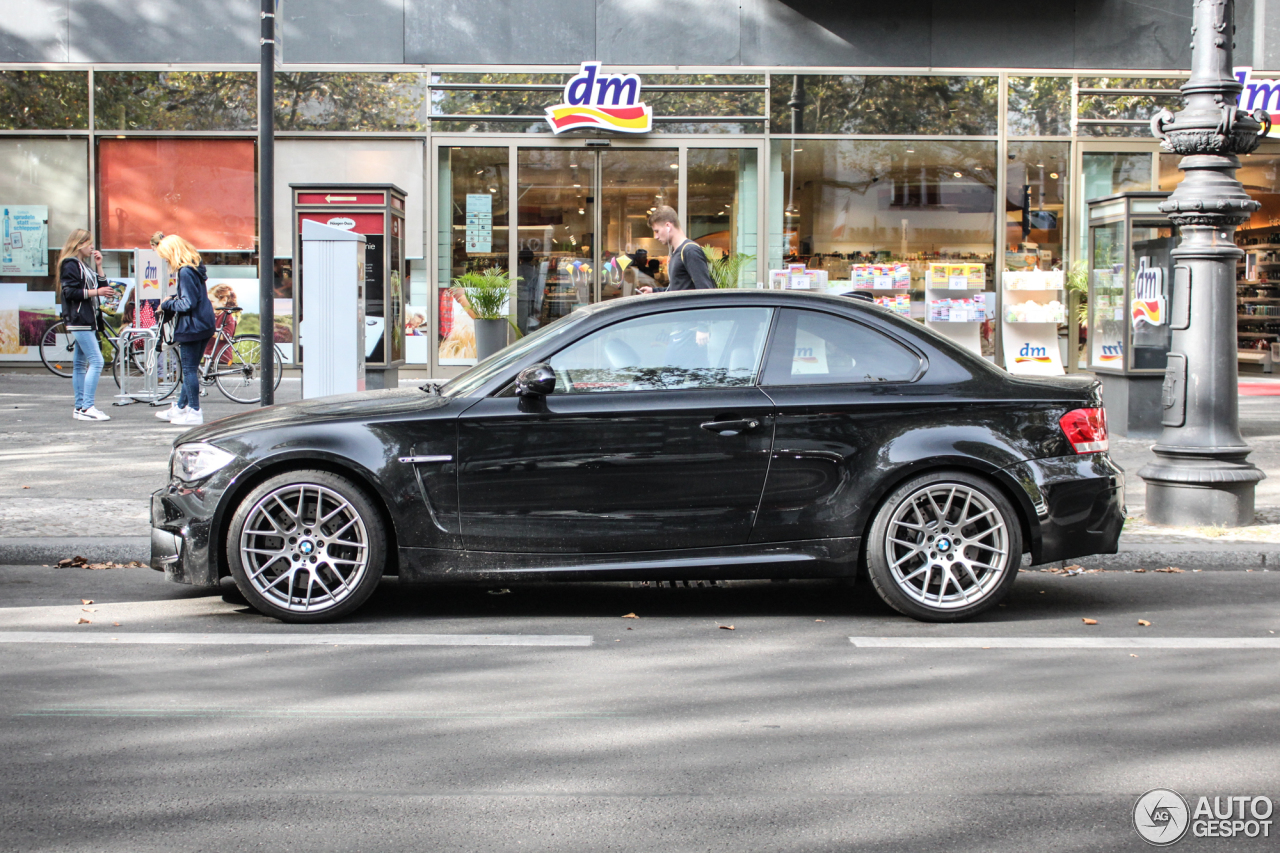 bmw 1 series m coup 24 september 2016 autogespot. Black Bedroom Furniture Sets. Home Design Ideas