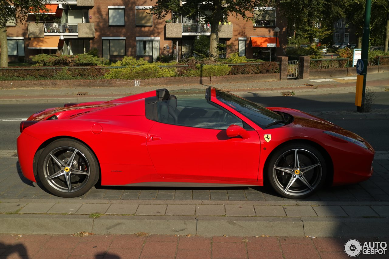 ferrari 458 spider 24 septembre 2016 autogespot. Black Bedroom Furniture Sets. Home Design Ideas
