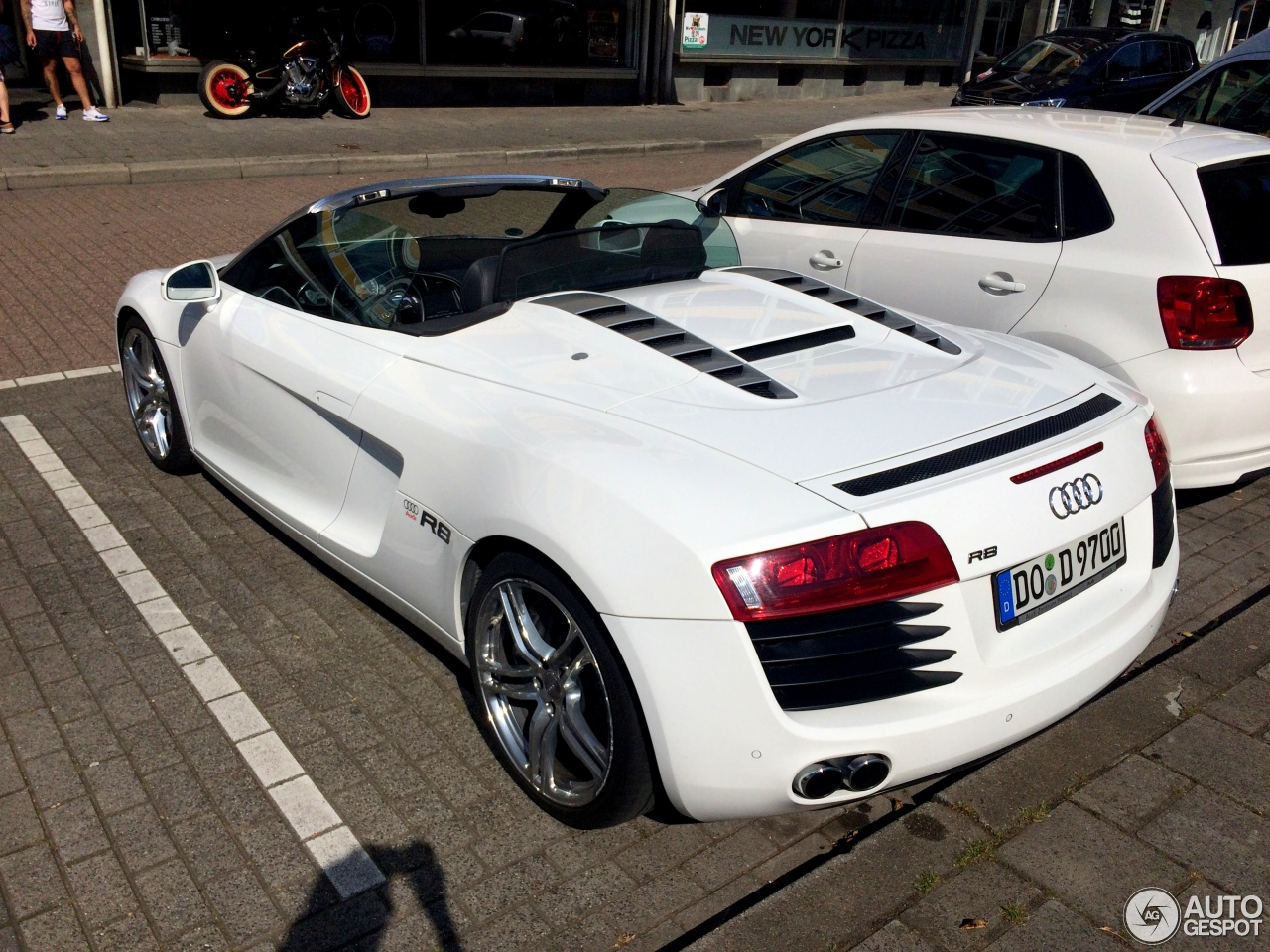 Audi R8 V8 Spyder 26 September 2016 Autogespot