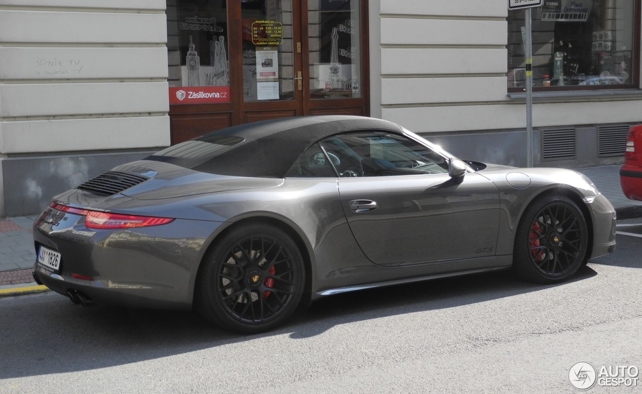 porsche 991 carrera 4 gts cabriolet 27 septembre 2016 autogespot. Black Bedroom Furniture Sets. Home Design Ideas