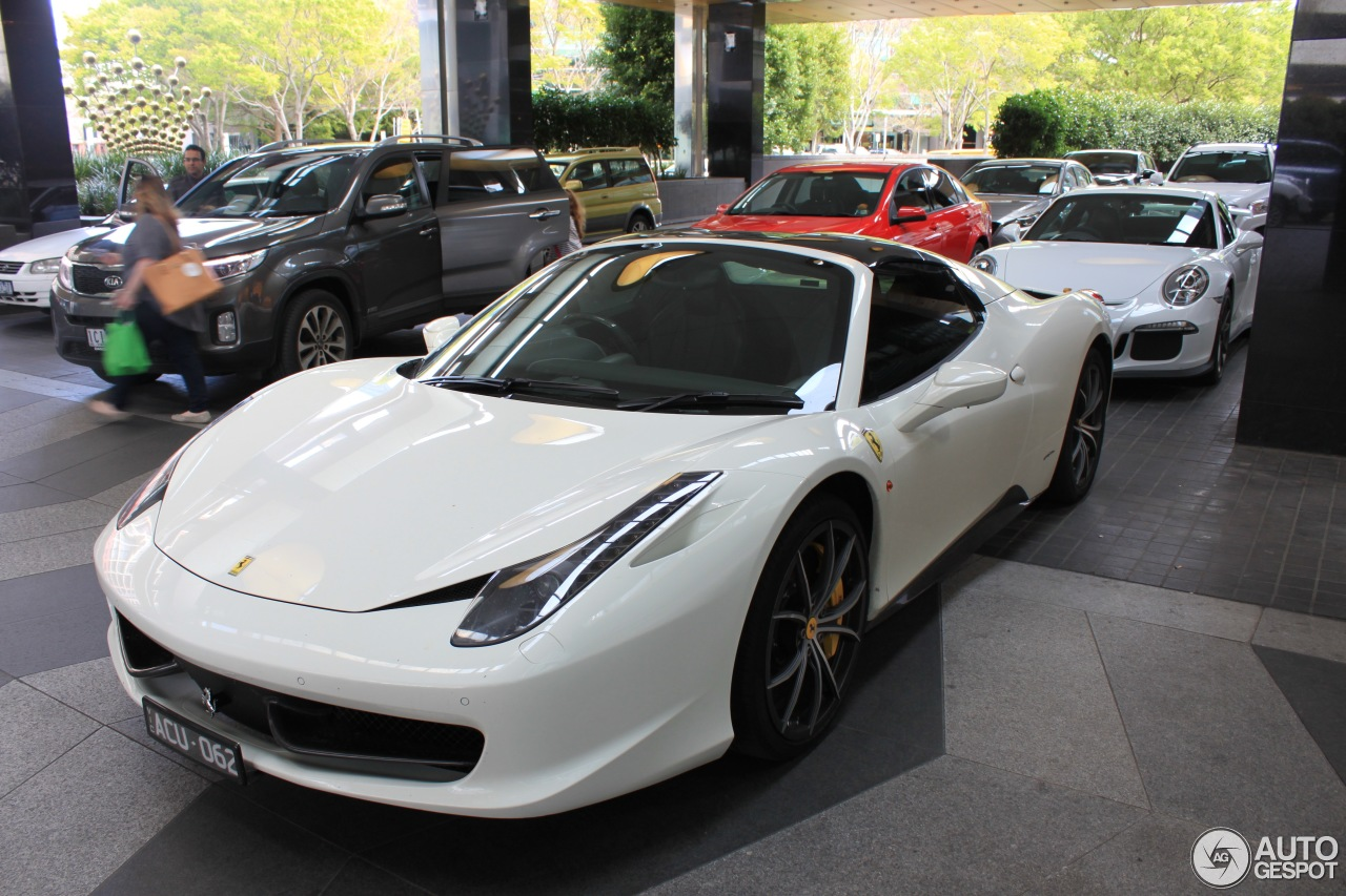 ferrari 458 spider 29 septembre 2016 autogespot. Black Bedroom Furniture Sets. Home Design Ideas