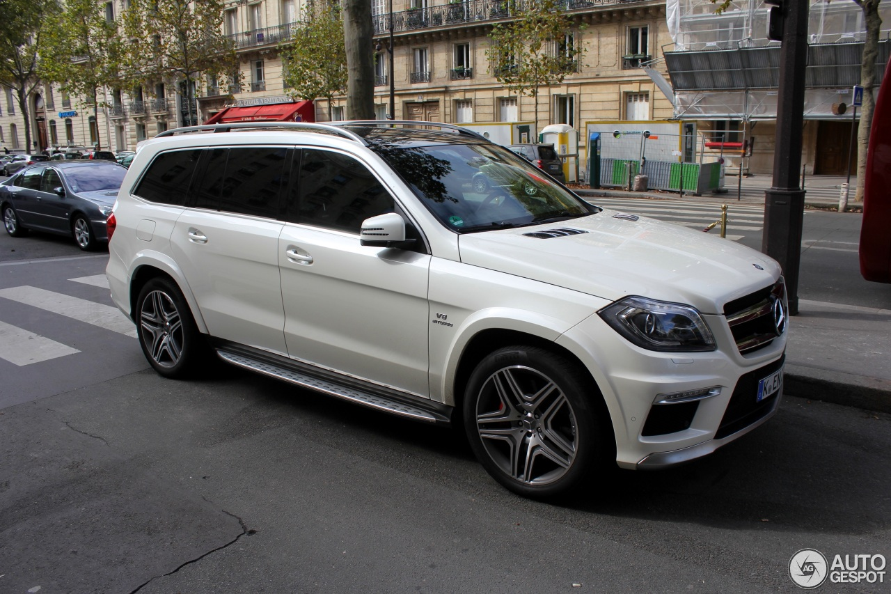 Mercedes benz gl 63 amg x166 1 october 2016 autogespot for Mercedes benz glk amg