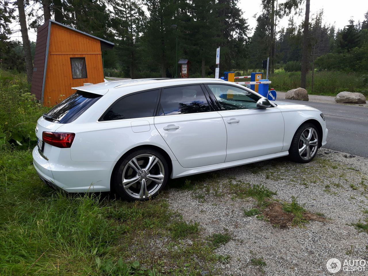 Audi S6 Avant C7 2015 3 October 2016 Autogespot